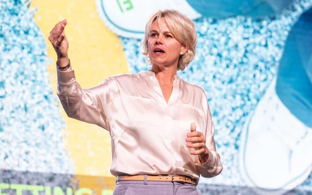 The Heart of Negotiation: A Conversation with Molly Fletcher