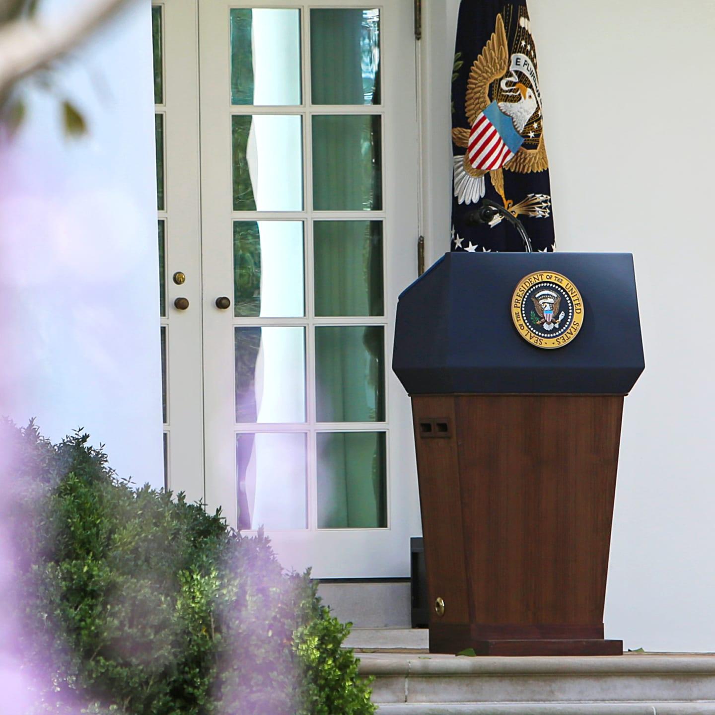 White House podium